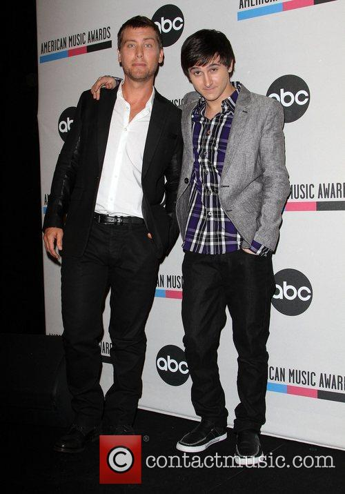 Lance Bass, Mitchel Musso and American Music Awards 1