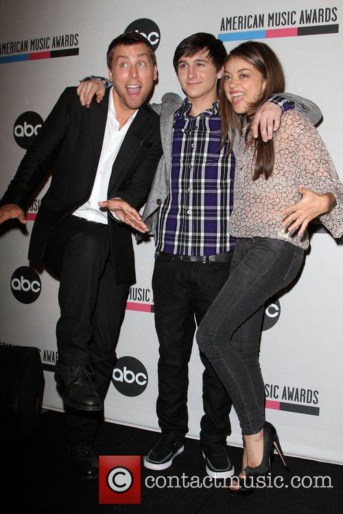 Lance Bass, Mitchel Musso, Sarah Hyland and American Music Awards 1