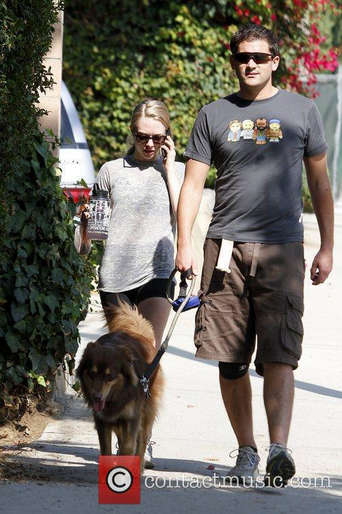 amanda seyfried walking with her dog finn 5745387