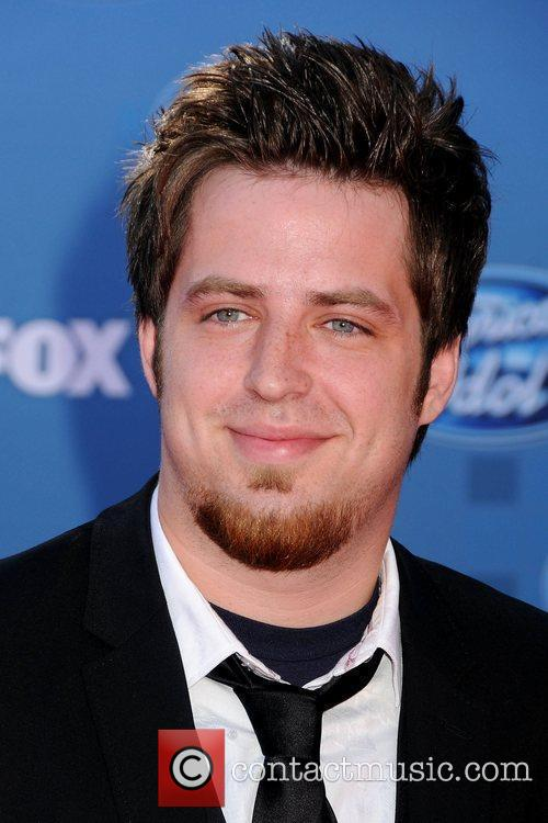 Lee DeWyze The 2011 American Idol Finale at...