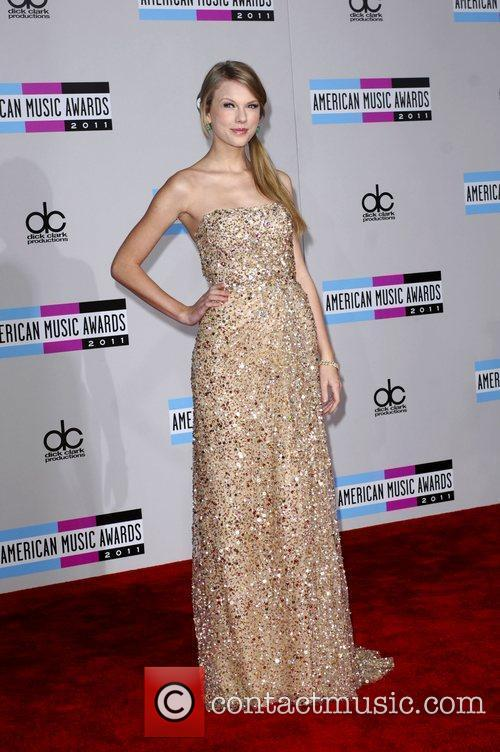 Taylor Swift and American Music Awards 6