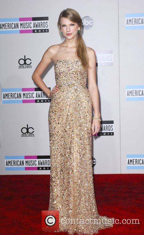 Taylor Swift and American Music Awards 1