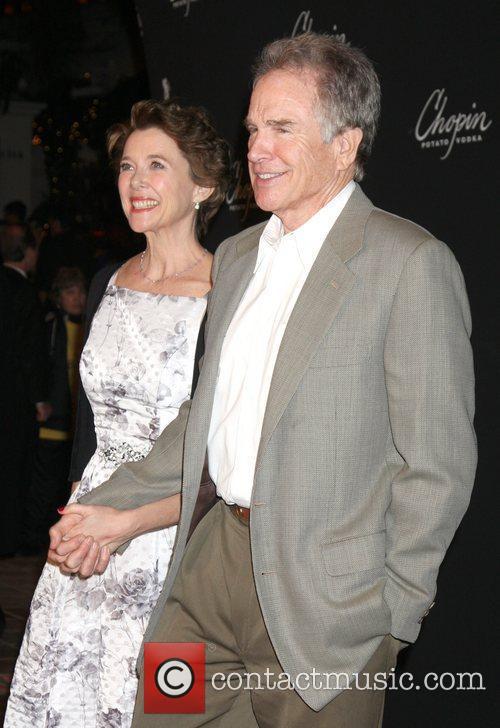 Annette Bening and Warren Beatty 1
