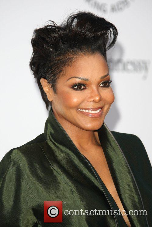 "Janet Jackson Opens Up About ""Intense"" Battle With Depression"