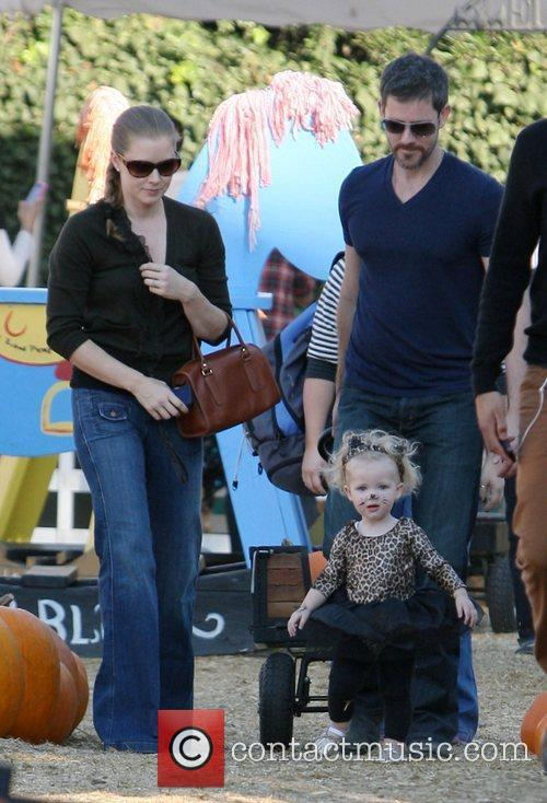 amy adams spends time with her fiance 3581723