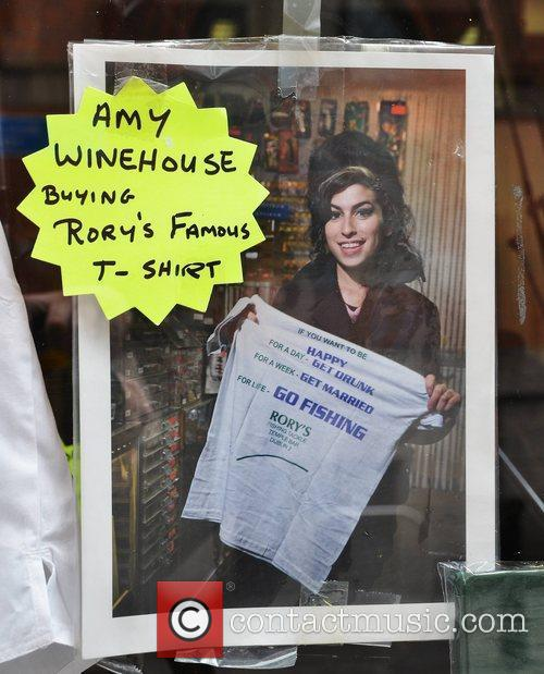 Amy Winehouse tribute in the window of Rory's...