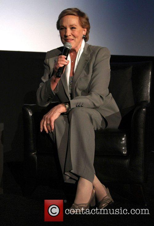 Julie Andrews The 2011 TCM Film Festival presents...