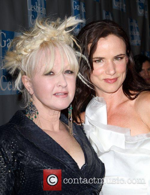 Cyndi Lauper and Juliette Lewis 4