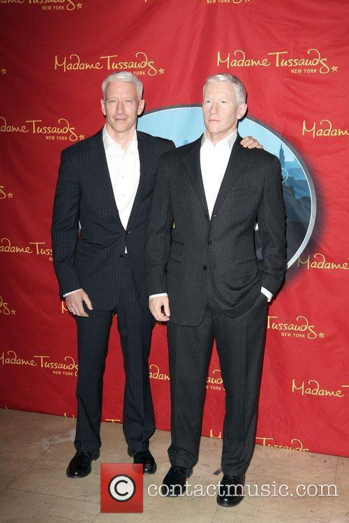 Anderson Cooper and Madame Tussauds 14