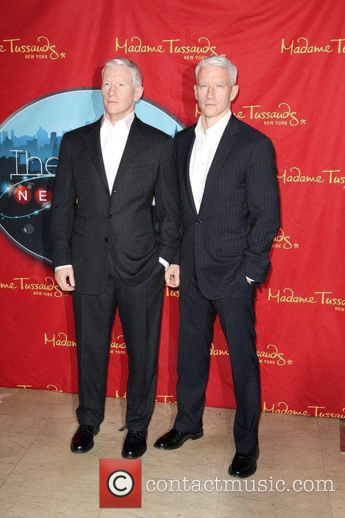 Anderson Cooper and Madame Tussauds 16