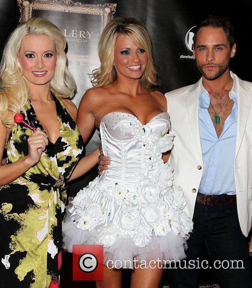 Holly Madison, Angel Porrino and Josh Strickland 11