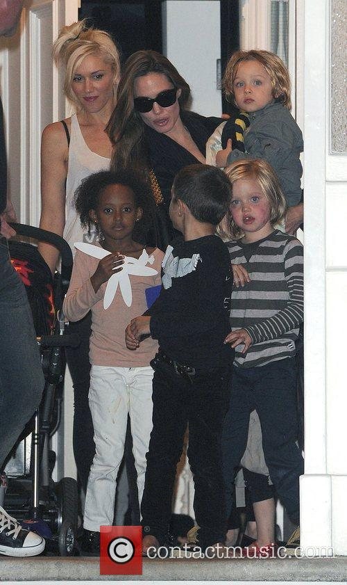 Angelina Jolie, Gwen Stefani and Shiloh 7