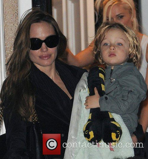Angelina Jolie, Gwen Stefani and Shiloh 11
