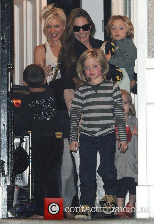Angelina Jolie, Gwen Stefani and Shiloh 17