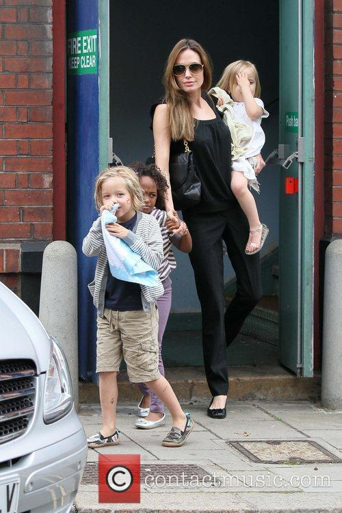Angelina Jolie with children Vivienne, Maddox and Shiloh...