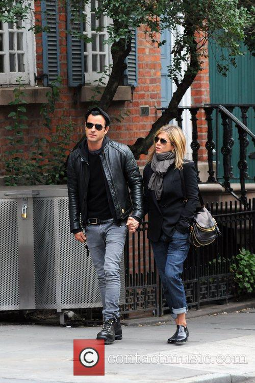 Jennifer Aniston and Justin Theroux 1