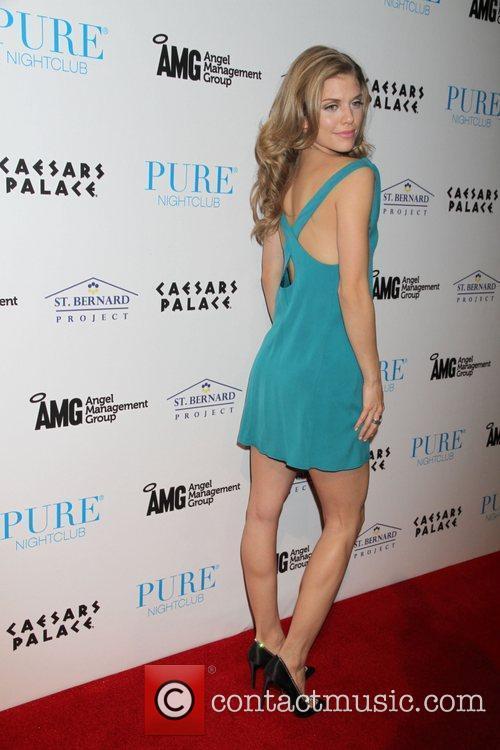 AnnaLynne McCord and Pure Nightclub 14