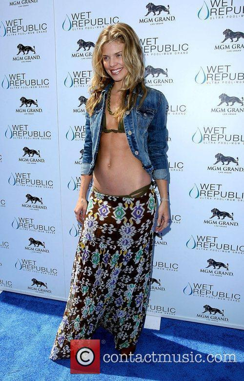 AnnaLynne McCord, Las Vegas and Mgm 39