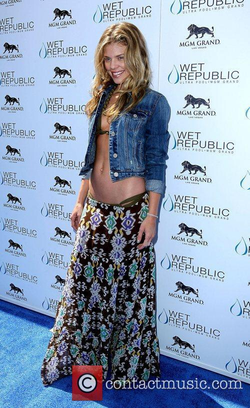 AnnaLynne McCord, Las Vegas and Mgm 17