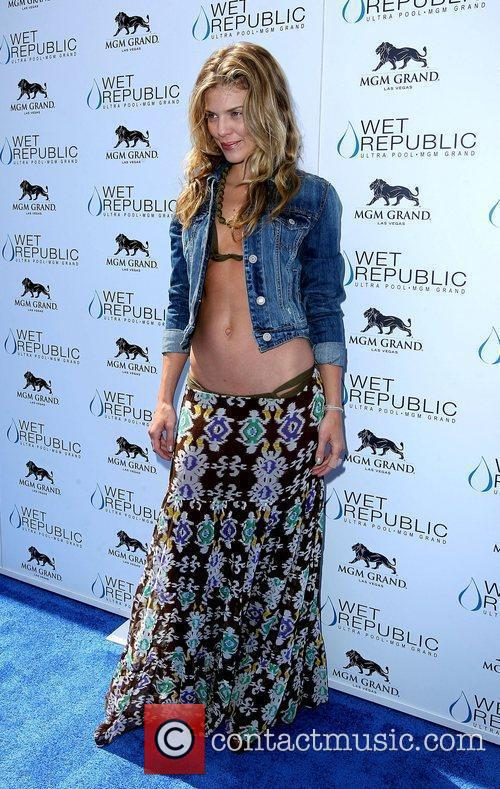 AnnaLynne McCord, Las Vegas and Mgm 16