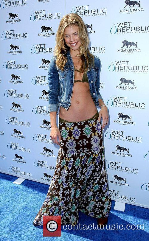 AnnaLynne McCord, Las Vegas and Mgm 31