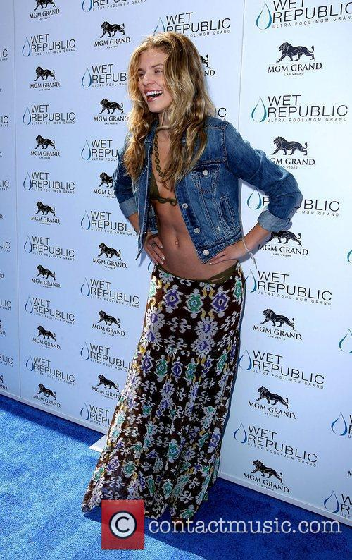 AnnaLynne McCord, Las Vegas and Mgm 14