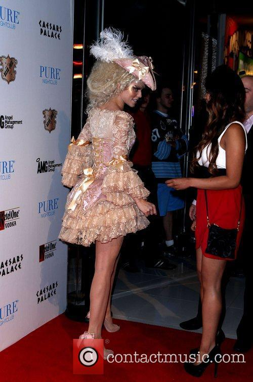 AnnaLynne McCord and Caesars Palace 18
