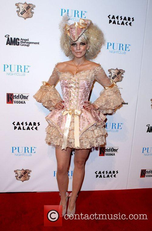 AnnaLynne McCord and Caesars Palace 20