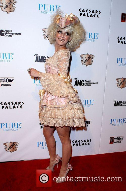 AnnaLynne McCord and Caesars Palace 17