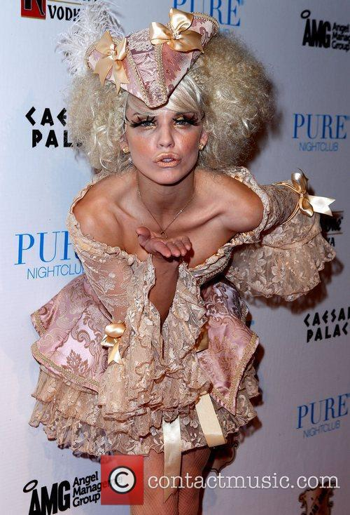 Annalynne Mccord and Caesars Palace 9