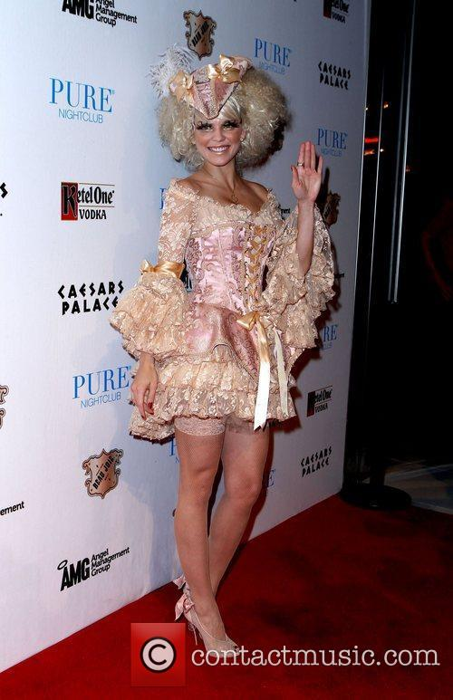 AnnaLynne McCord and Caesars Palace 23