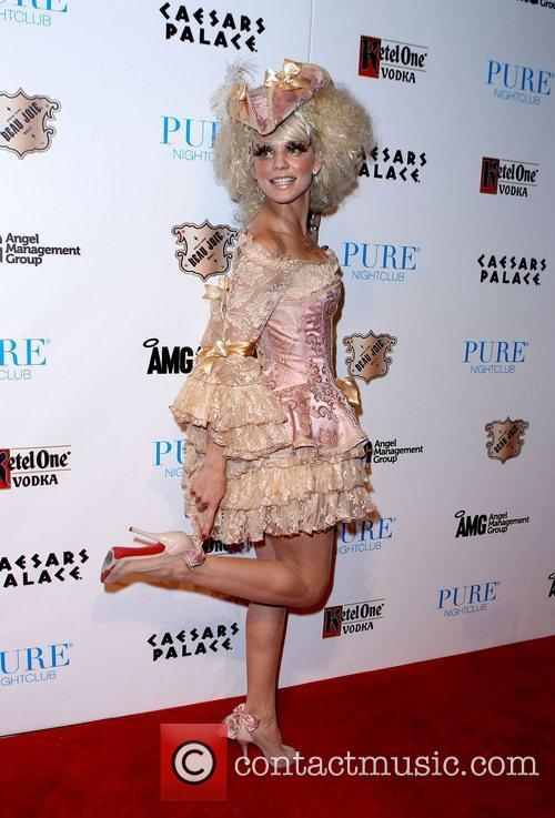 AnnaLynne McCord and Caesars Palace 19