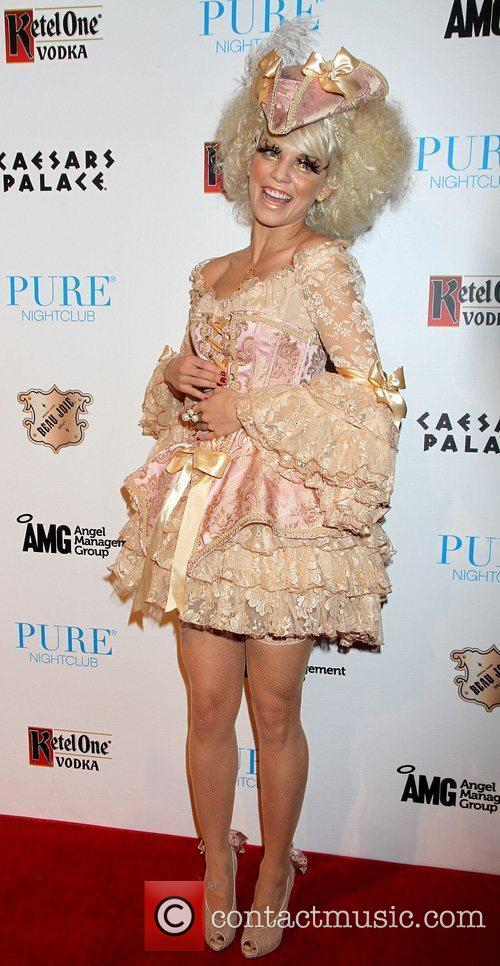 AnnaLynne McCord and Caesars Palace 32