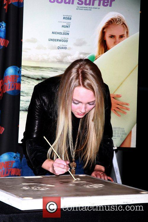 AnnaSophia Robb promotes her starring role in 'Soul...