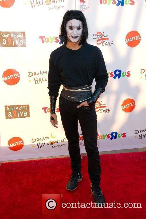 Boo Boo Stewart 18th Annual Dream Halloween to...