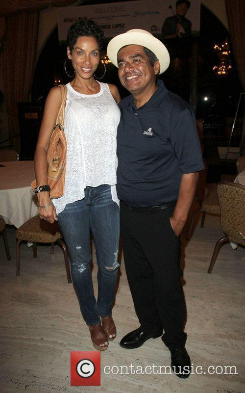 Nicole Murphy and George Lopez 1