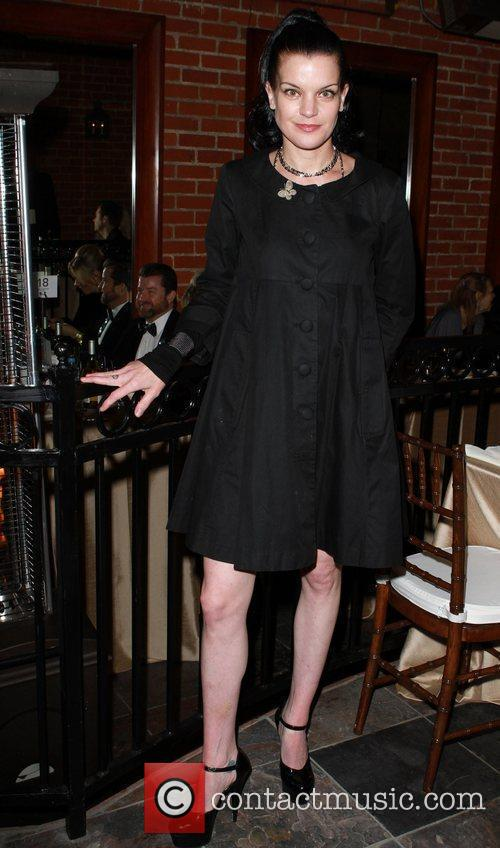 Pauly Perrette  APLA's 10th Annual 'The Envelope...