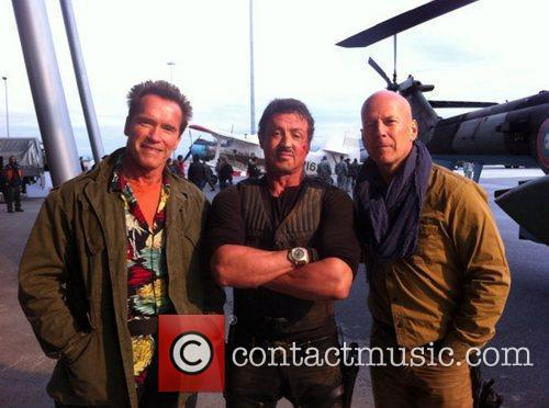 Arnold Schwarzenegger tweeted this photo of himself with...
