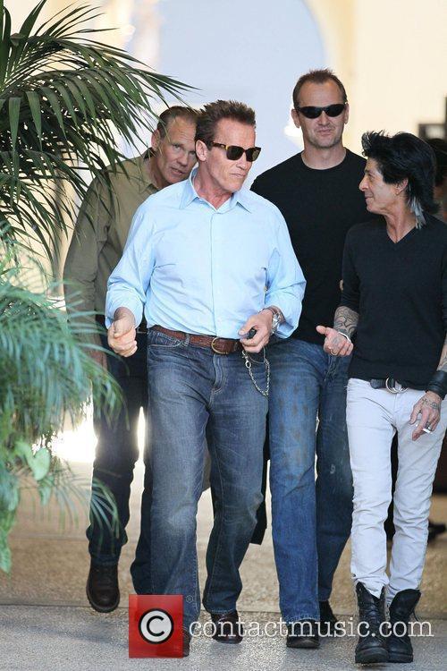 Arnold Schwarzenegger 32