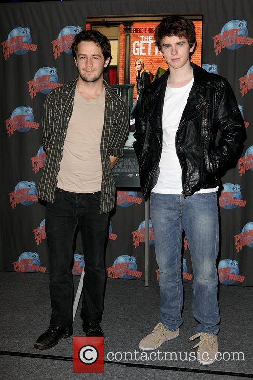 Michael Angarano and Freddie Highmore 2