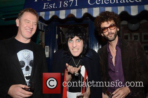 Noel Fielding, Frankie Poullain and The Darkness 2