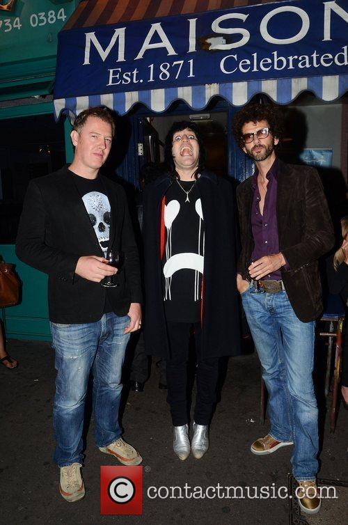 Noel Fielding, Frankie Poullain and The Darkness 5