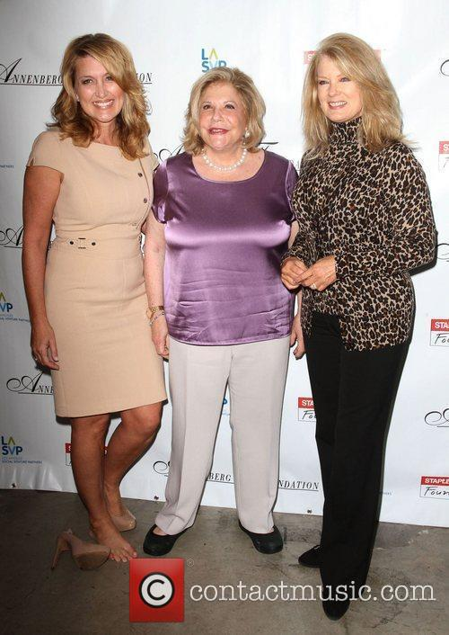 Wendy Burch, Mary Hart and Wallis Annenberg 3