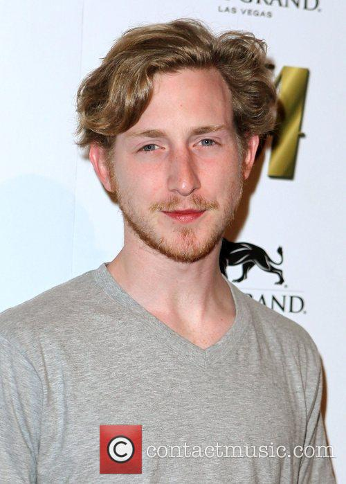 Asher Roth 8