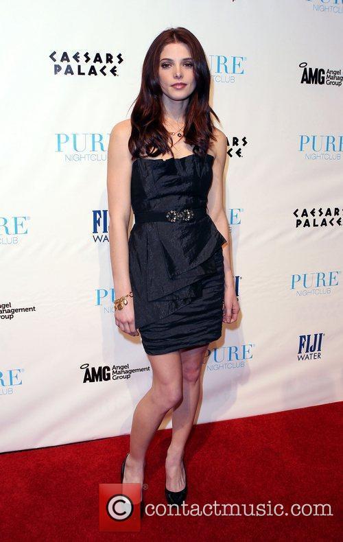 Ashley Greene, Caesars and Las Vegas 20