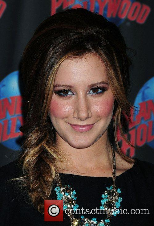 Ashley Tisdale 6