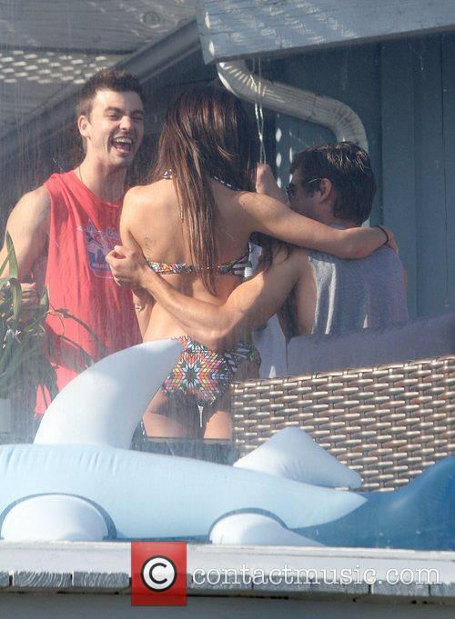 Ashley Tisdale and Zac Efron 15