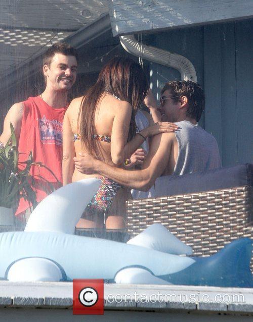 Ashley Tisdale and Zac Efron 18