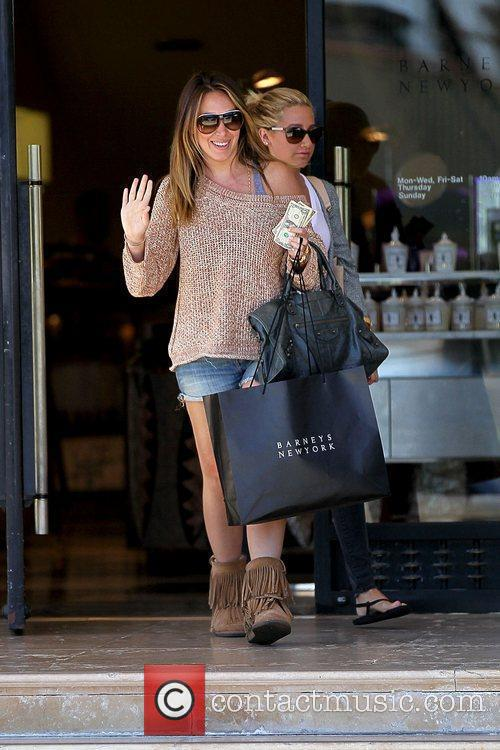Haylie Duff and Ashley Tisdale 16