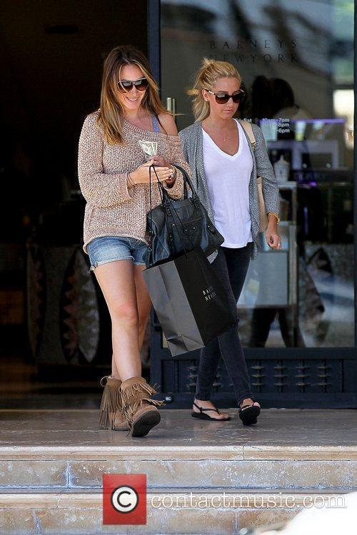 Haylie Duff and Ashley Tisdale 13